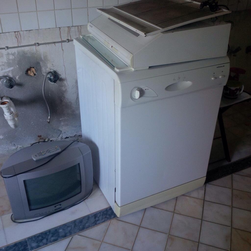 Kullanılmış bekara öğrenciye bulaşık  makinesi