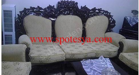 temiz durumda klasik koltuk takımı