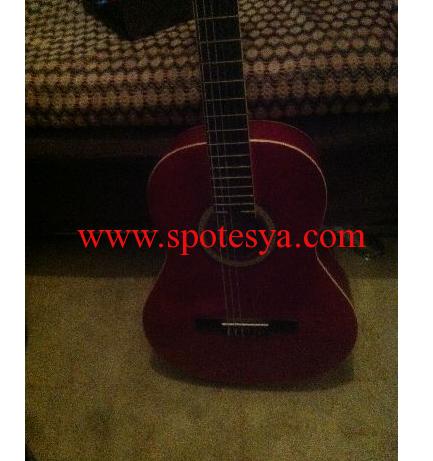 kullanılmış gitar sadece 50 lira
