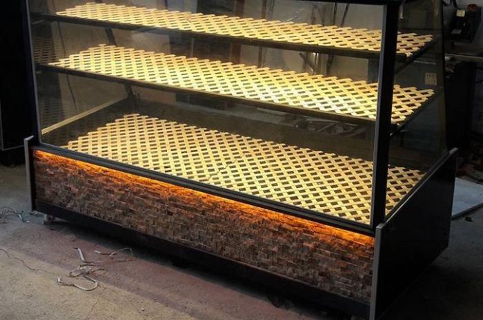 Camlı katlı vitrinli ekmek dolabı