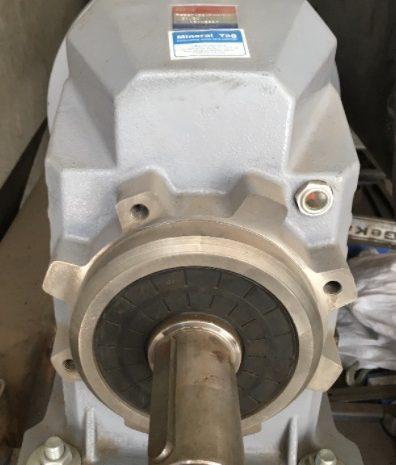kullanılmış 11 kw 65 dd redüktör motoru